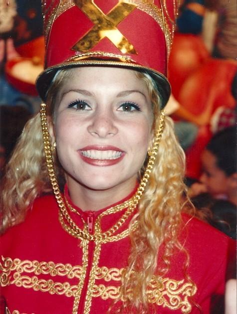 Bárbara Borges na época em que era Paquita (Foto: Reprodução)