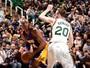 Inspirado, Jazz faz Kobe se despedir de Utah com pior derrota da carreira