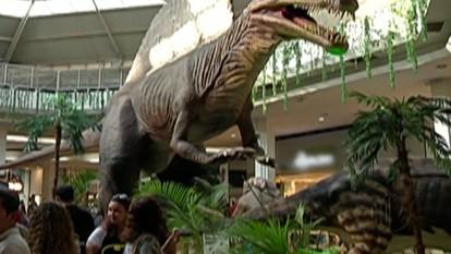 Dinossauros são estrelas de exposição em Mogi das Cruzes