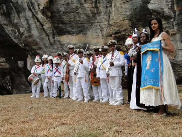 Guarda Nossa Senhora do Rosário, grupo de congado que se apresentou na inauguração. (Foto: Pedro Cunha/G1)