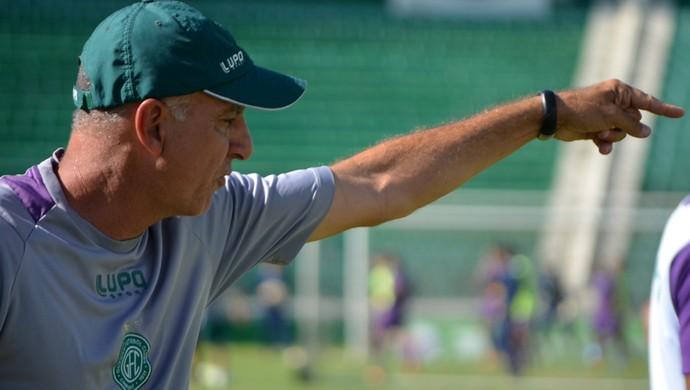 Márcio Fernandes técnico Guarani (Foto: Murilo Borges)