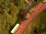 JT1: Motorista de caminhão morre após colisão com ônibus na Anchieta