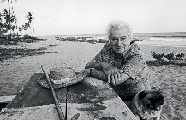Jorge Amado em Salvador (1976) (Foto: Instituto Moreira Salles/Divulgação)