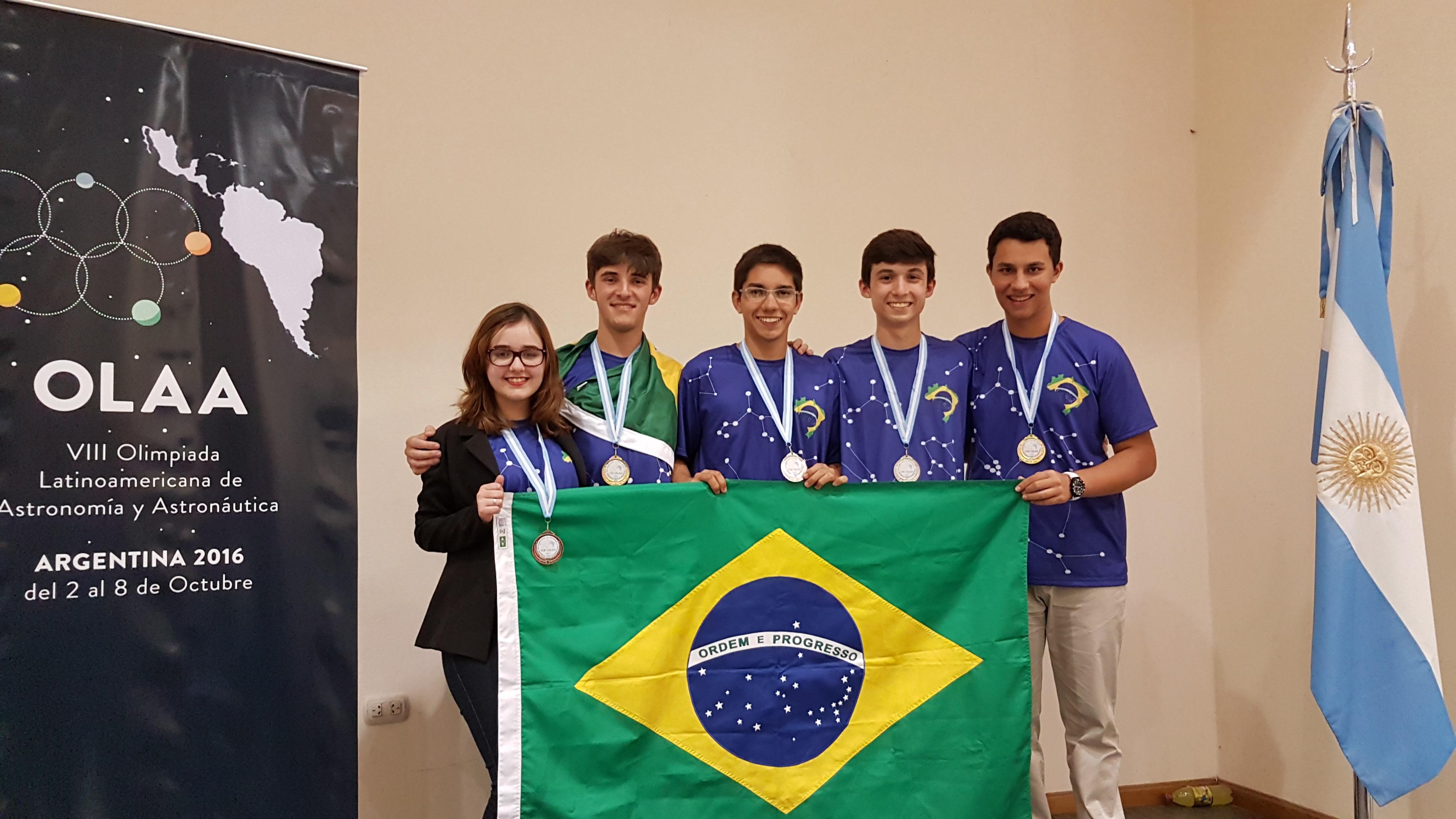 Beatriz, Mateus, Lucas, Nicolas e Henrique, nossos vencedores (Foto: Divulgação)