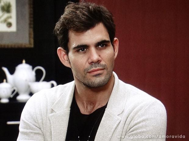 Ninho está certo de que será um ótimo pai para Paulinha. Oi? (Foto: Amor à Vida/TV Globo)