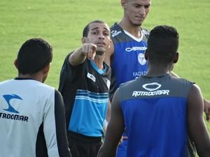 Técnico do Porto-PE, Elenilson Santos (Foto: André Vinícius / GloboEsporte.com)