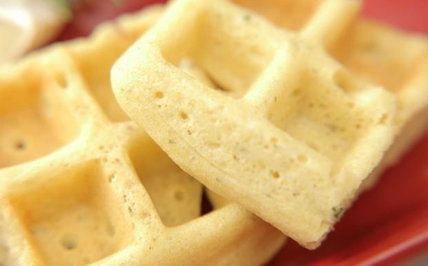 Que Seja Doce - Ep. 20 - Brunch - Waffle de fub e alecrim com presunto de Parma e quejo brie (Foto: Divulgao)