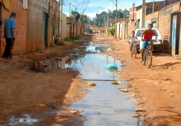 Saneamento básico ; esgoto ;  (Foto: Marcello Casar Jr/Arquivo/Agência Brasil)