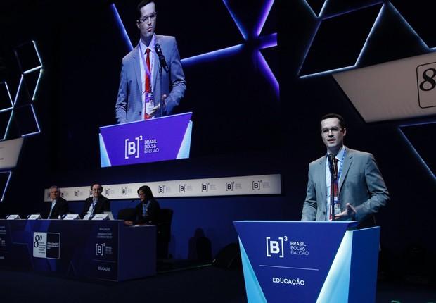 Deltan em palestra no Congresso Internacional de Mercados Financeiros e de Capitais, organizado pela B3 (Foto: Reprodução/Twitter/B3)