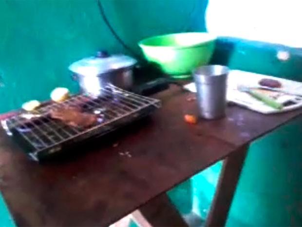 Em vídeo, preso mostra churrasco dentro de cela na penitenciária Lemos Brito (Foto: Divulgação)