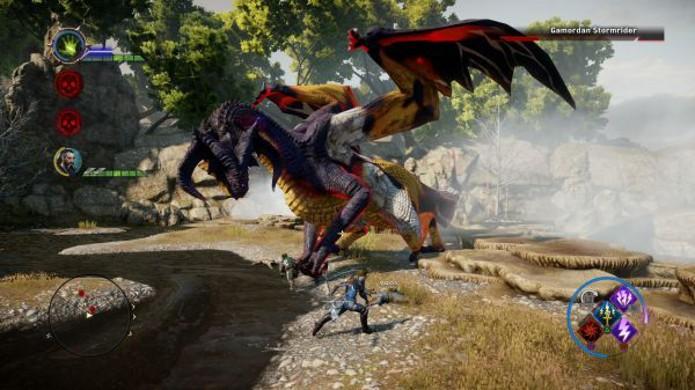 Procure sempre se atentar contra ataques que o sugam para perto da besta (Foto:: Reprodução)