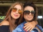 Marina Ruy Barbosa e Paula Fernandes posam juntas após noitada