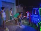 Moradores criam 'trenós modernos' para sair com Papai Noel em MG