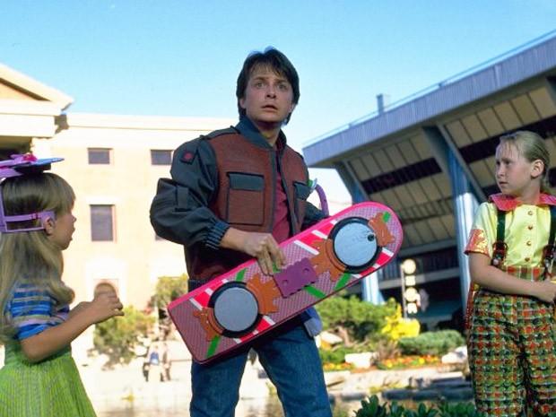 """Michael J. Fox em cena de """"De volta para o futuro 2"""", que se passa em 2015 (Foto: Universal Studios)"""