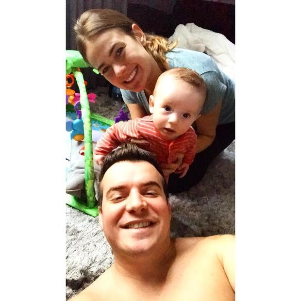 Belutti e família (Foto: Reprodução/Instagram)