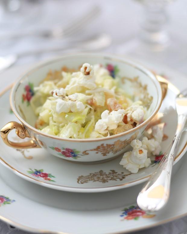 Salada com pipoca (Foto: Rogério Voltan/Editora Globo)