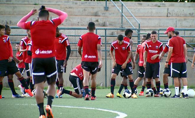Botafogo-SP sub-20 (Foto: Reprodução/EPTV)