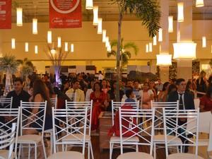 Cerimônia contou com 120 convidados  (Foto: Aline Paiva/G1)