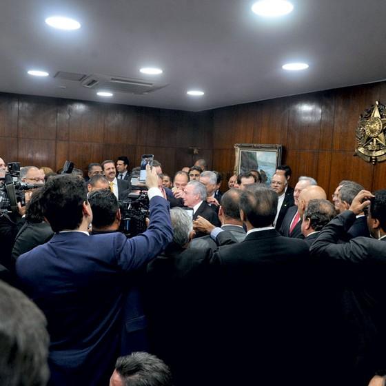 O novo presidente da República, Michel Temer, chega ao Senado Federal para tomar posse (Foto: Jane de Araújo/Agência Senado)