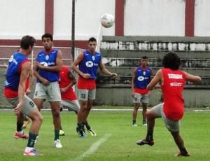 Grupo do Metrô treina para a partida diante do Joinville (Foto: Giovani Vitória, Divulgação)