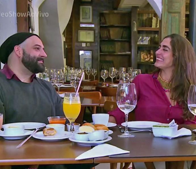 Rodrigo Penna e Carol Machado relembraram 'Top Model' (Foto: TV Globo)