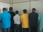 Oito suspeitos de financiar carros em nome de mortos têm prisão decretada