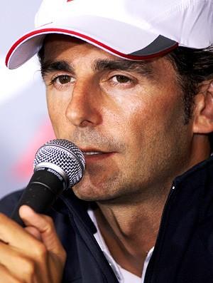 Pedro de La Rosa em coletiva do GP da Bélgica de F1 - 26/08/10 (Foto: Getty Images)