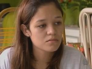 Bruna Massuia também foi atingida (Foto: Reprodução/TV Fronteira)
