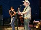 João Lucas e Rodrigo agitam noite em Barra Mansa, no Sul do RJ
