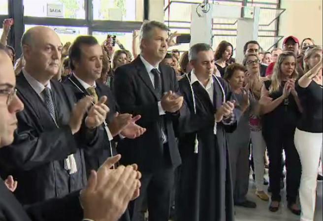 Juízes de São José dos Campos fazem ato de apoio a Sergio Moro (Foto: Reprodução/TV Vanguarda)