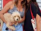 Mãe leva cadela 'Sandy' para ajudar candidata da Fuvest em Campinas