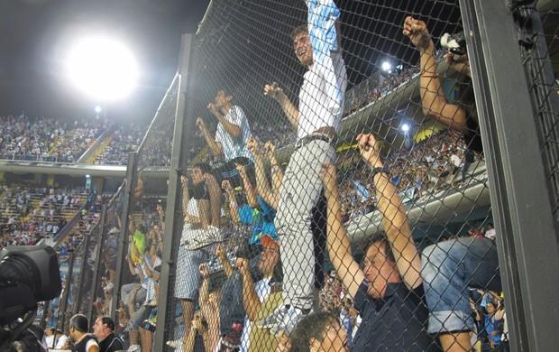 Torcida na Bombonera (Foto: Marcio Iannacca / Globoesporte.com)