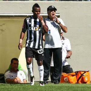 Cazares; Marcelo Oliveira; Atlético-mg (Foto: Bruno Cantini / CAM)