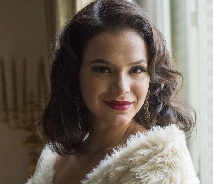 Bruna Marquezine interpretou Beatriz em 'Nada Será Como Antes' e usou muitas peças lindíssimas (Foto: Estevam Avellar / TV Globo)