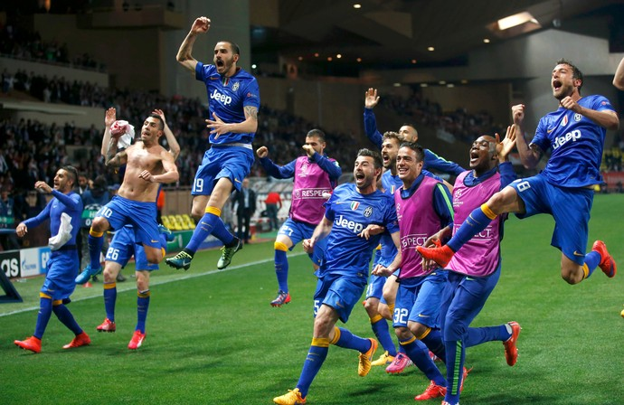 Juventus festa classificação Monaco (Foto: Reuters)