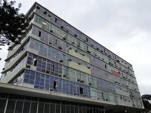 Prédio da reitoria da UFMG, em Belo Horizonte (Foto: Pedro Cunha/G1)
