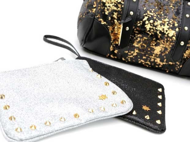As bolsas também são invadidas pelo brilho e pelas pedrarias (Foto: Divulgação)