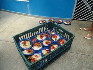 Comida de adolescentes internos são servidos no chão, diz CEDH-PB (Foto: Divulgação/MPF-PB)