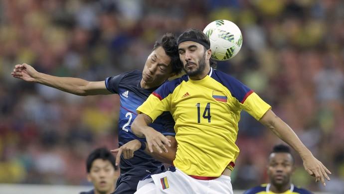 Sebastian Perez Sei Muroya Colombia x Japao (Foto: Reuters)