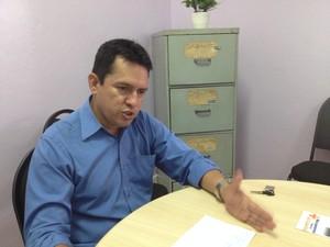 Decírio Belém, representante sindical dos carteiros no Amapá (Foto: John Pacheco/G1)
