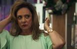 Nádia fala mal de Sophia no salão
