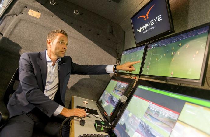 Pol van Boekel, árbitro, Ajax Willem II (Foto: Jerry Lampen/EFE)