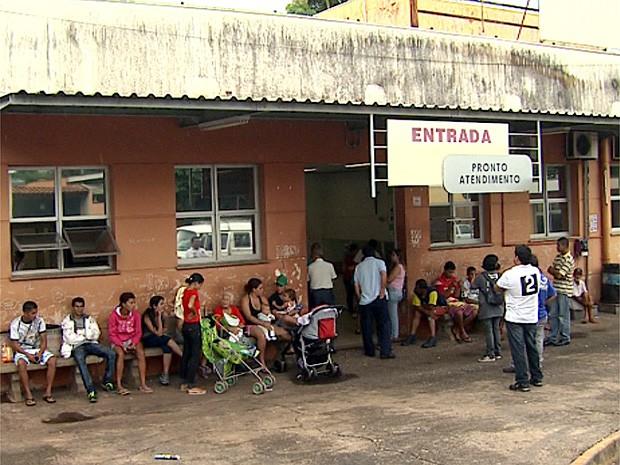 Unidade Sumarezinho estava lotado na tarde de sexta-feira (5) em Ribeirão Preto (Foto: Valdinei Malaguti/EPTV)