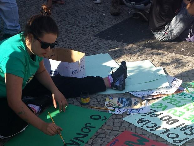 Favoráveis à legalização da maconha se reúnem no Centro de Campinas (SP) (Foto: Giulia Cirilo/G1 Campinas)