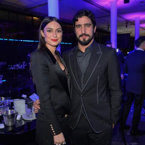 Thaila Ayala e Renato Góes assumiram oficialmente o namoro (Foto: AGNEWS)