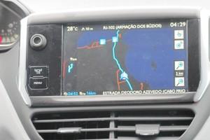 208 traz GPS na versão Allure (Foto: Luciana de Oliveira / G1)