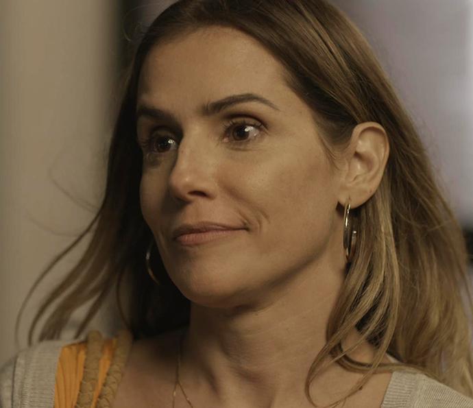 Tânia também tá bem a fim do dono da Forma (Foto: TV Globo)