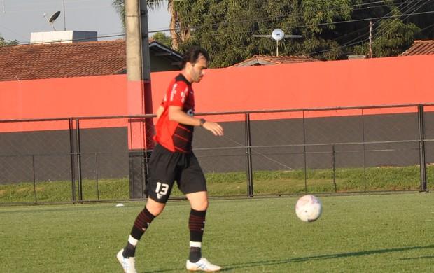 Paulo Henrique, zagueiro do Atlético-GO (Foto: Guilherme Gonçalves/Globoesporte.com)