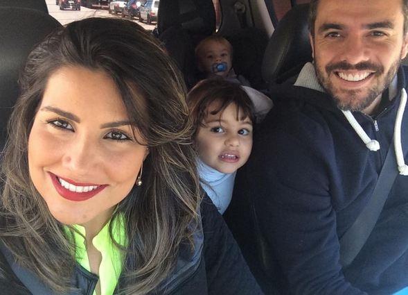 Mariana e Daniel com os filhos  (Foto: Reprodução/Instagram)