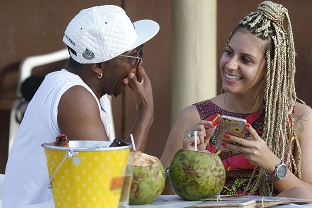 Beto Jamaica e a namorada, a atual Loira do Tchan, Gabi Mascarenhas (Foto:                       Fred Pontes/Balada In/Divulgação)